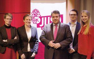 Bild Minister Gabriel und Judith Niehues